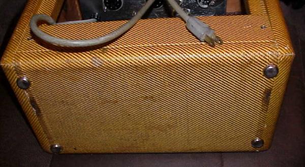 Tweed Fender Champ C 10805 Bottom