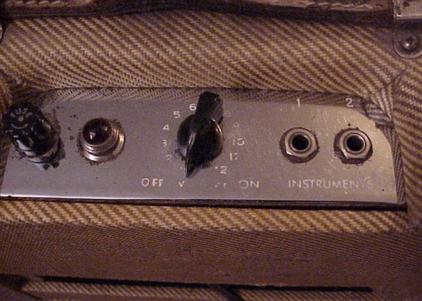 Tweed Fender Champ C 03323 Controls