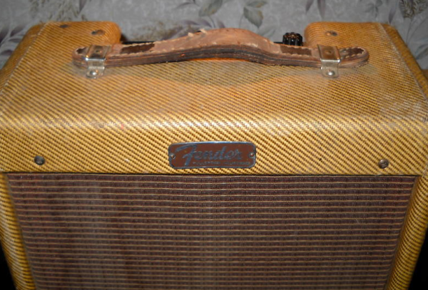 Tweed Fender Champ C 03323 Front Top