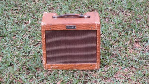 Tweed Fender Champ C 16648 Front