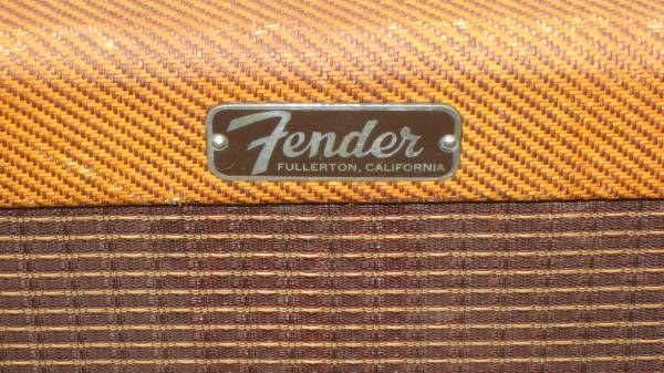 Tweed Fender Champ C 16648 Logo